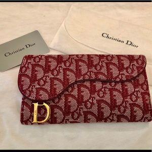 💯 Authentic Dior Oblique Saddle Wallet